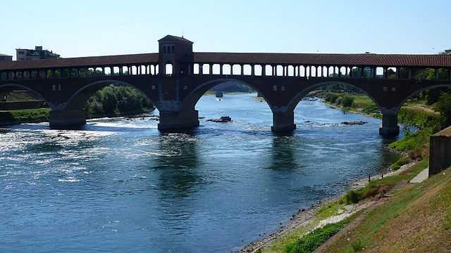 Il Ponte Coperto, simbolo di Pavia e liberamente fotografabile!