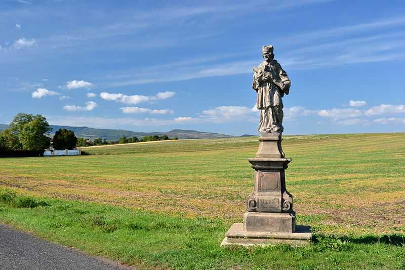 3° posto: statua di San Giovanni Nepomuceno, Boemia. CC-BY-SA Salim2
