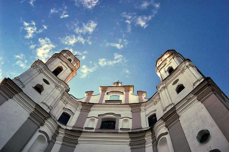 Chiesa di Michele Arcangelo, Łužki. CC-BY-SA Lusssiya
