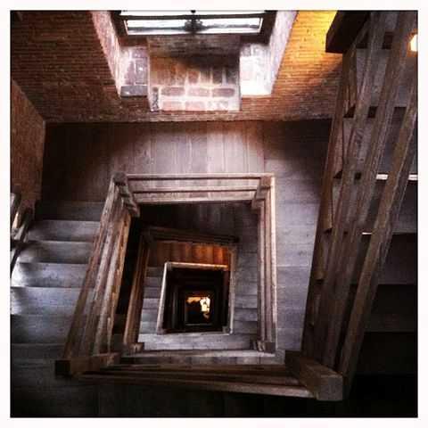 Interno della Torre Troyana (Asti) -  Foto di Davidbnt [Licenza CC-BY-SA 3.0]