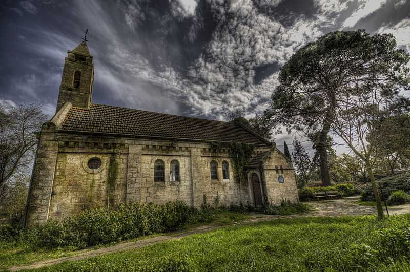 2° posto: Chiesa evangelica, Alonei Abba. CC-BY-SA Nitzan Zehavi
