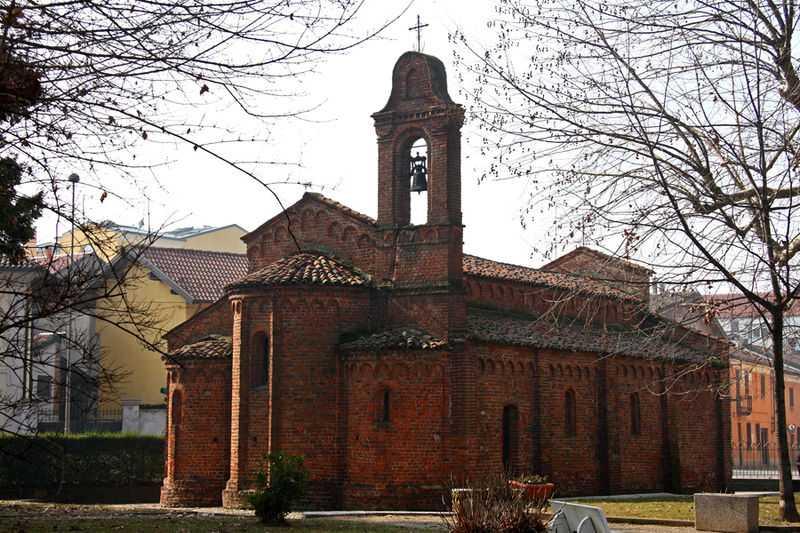 Chiesa romanica di San Pietro, Robbio. CC-BY-SA Alessandro Vecchi