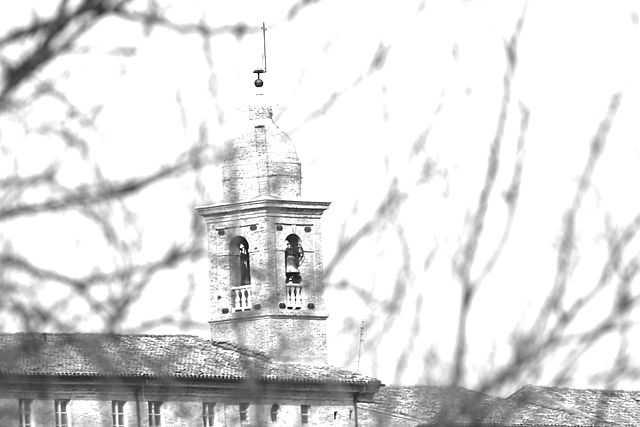 Campanile della Chiesa di Sant'Andrea, Preitoli (FM) - Foto di Monica Vitali [Licenza CC-BY-SA 3.0]
