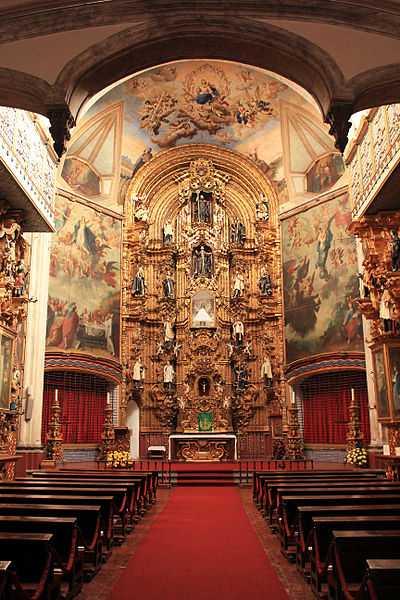 6° posto: Altare della Chiesa della Enseñanza, Città del Messico. CC-BY-SA Raymundo Perera