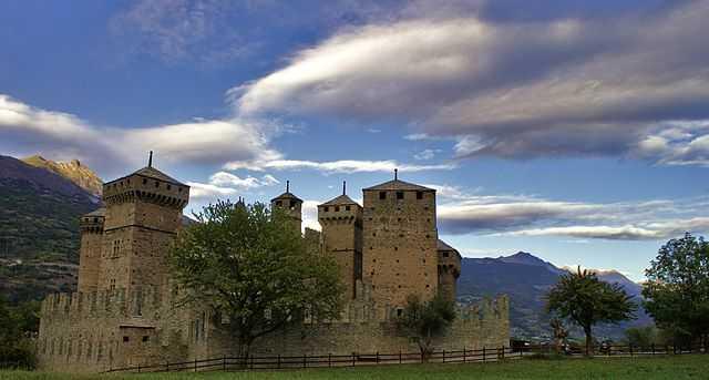 Il Castello di Fénis (AO) -  Foto di Rosario Lepore [Licenza CC-BY-SA 3.0]