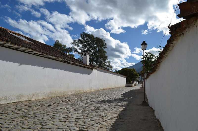 Zona antica della città di Villa de Leyva. CC-BY-SA Oscarphoto
