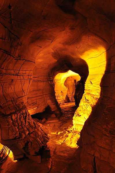 2° posto: grotte di Belum. CC-BY-SA Naga Praveena Sharma P