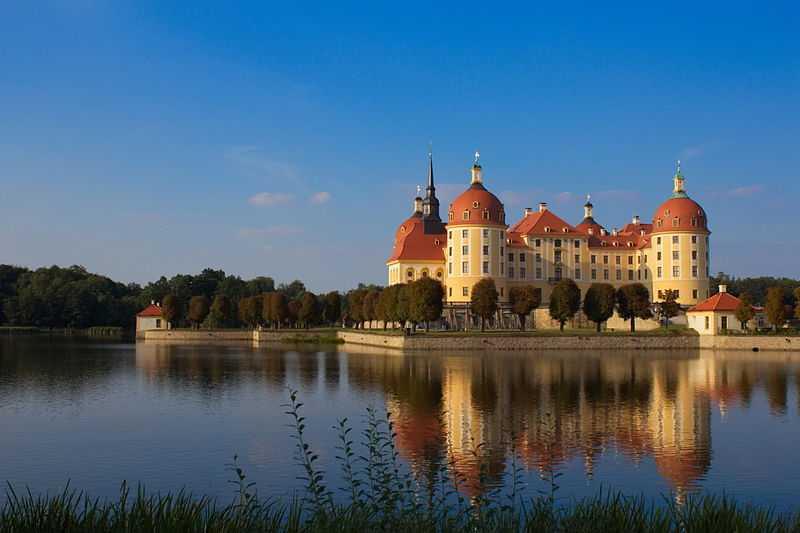 1° posto: il castello di Moritzburg, visto da Sud-ovest. CC-BY-SA Christian Skubich