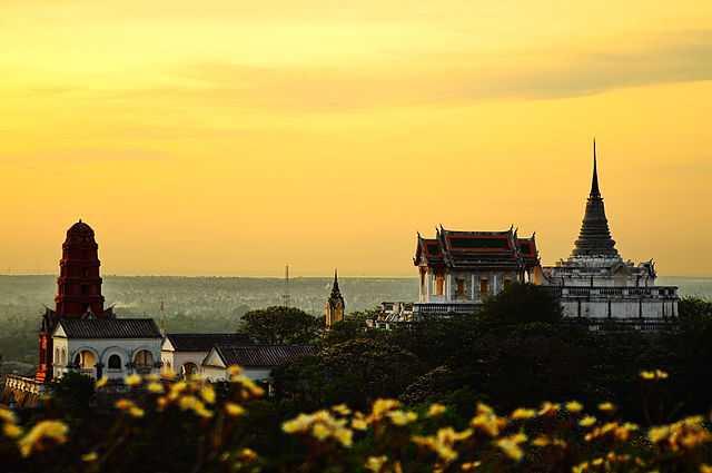 Phra Nakhon Khiri Historical Park nella provincia di Phetchaburi (Tailandia) - Foto di  Kritmongkholrat Arunsuriya [Licenza CC-BY-SA 3.0] - 6° classificato Wiki Loves Monuments 2013