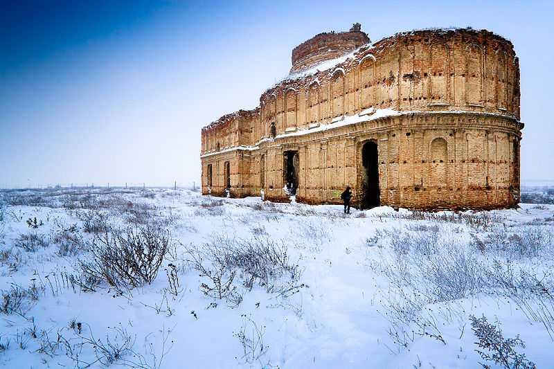 La foto vincitrice nel 2011: vista invernale del monastero di Chiajna, Bucarest. CC-BY-SA Mihai Petre