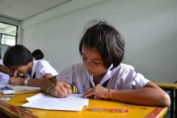 800px-thung_kalo_witthaya_school_05_web_thumb