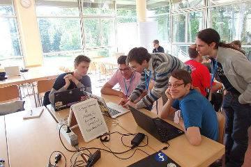 lyon_hackathon_2015_i18n_table_thumb