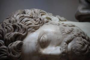 Busto maschile databile tra il 170-175 (dettaglio) - Museo Archeologico Nazionale, Venezia - di Mongolo1984 - CC-BY-SA 3.0