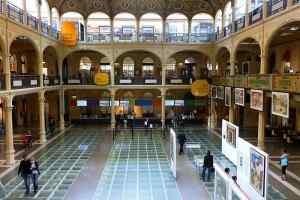 Biblioteca Salaborsa, di Lorenzo Gaudenzi (Opera propria) [CC BY-SA 3.0], via Wikimedia Commons
