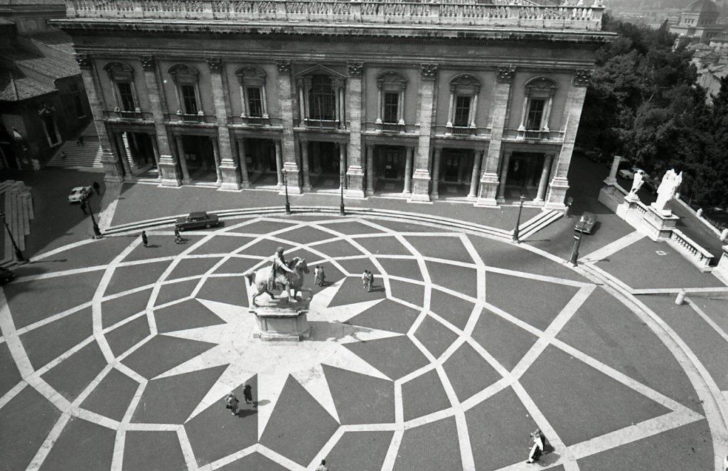 Paolo_Monti_-_Servizio_fotografico_(Roma,_1966)_-_BEIC_6329127