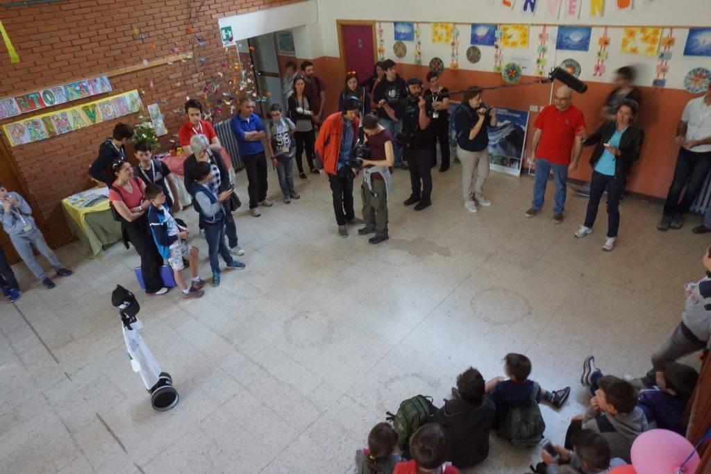 La presentazione della Youth Hackathon a Esino Lario, di Vanessa De Luca (Opera propria) [CC BY-SA 4.0], attraverso Wikimedia Commons
