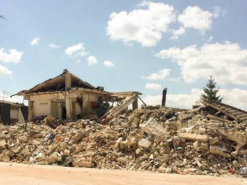 terremoto_centro_italia_2016_-_amatrice