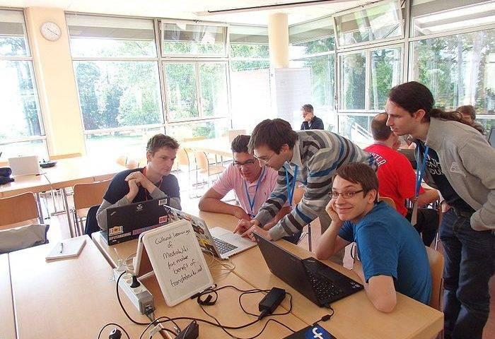 lyon_hackathon_2015_i18n_table