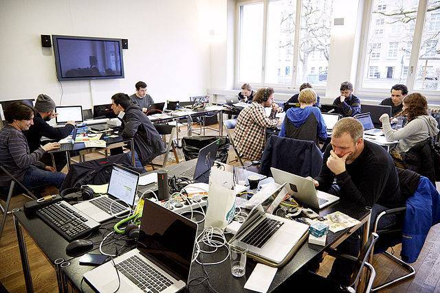 ch-nb-swiss_open_cultural_hackathon_2015-picture-030