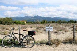 tra_le_dune_in_bicicletta