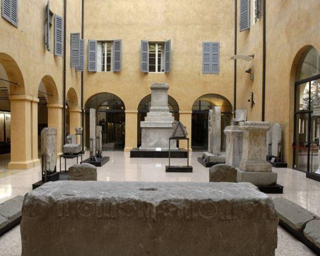 lapidario romano del museo di modena
