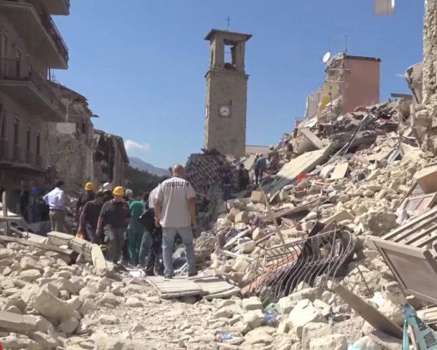 i danni del terremoto ad amatrice